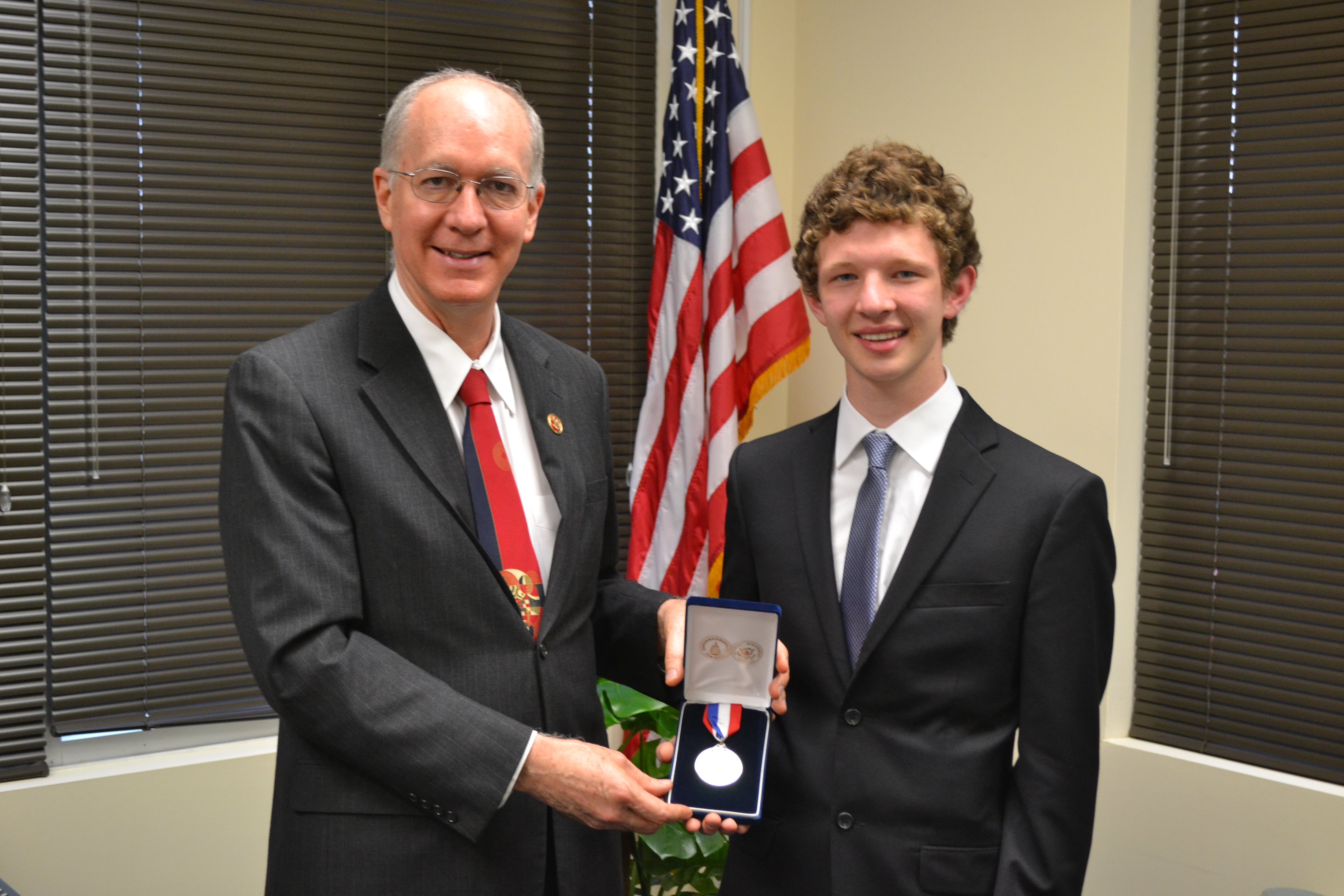 Foster presents Congressional Award